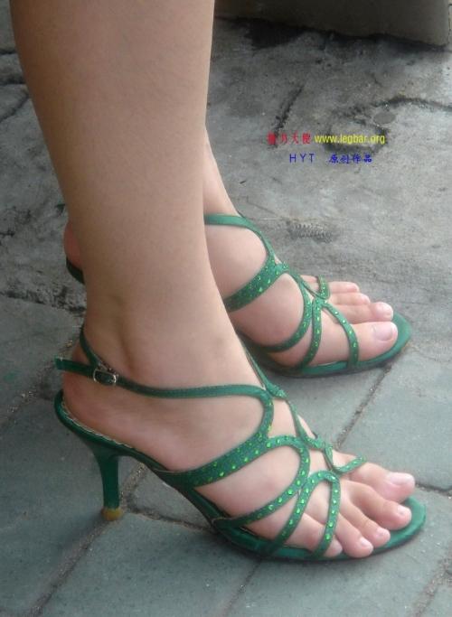 美女 高跟凉鞋/很好看的高跟凉鞋美女